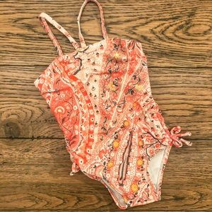 Toddler girl's beautiful one-piece bathing suit!